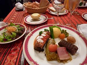 これがルーマニア料理